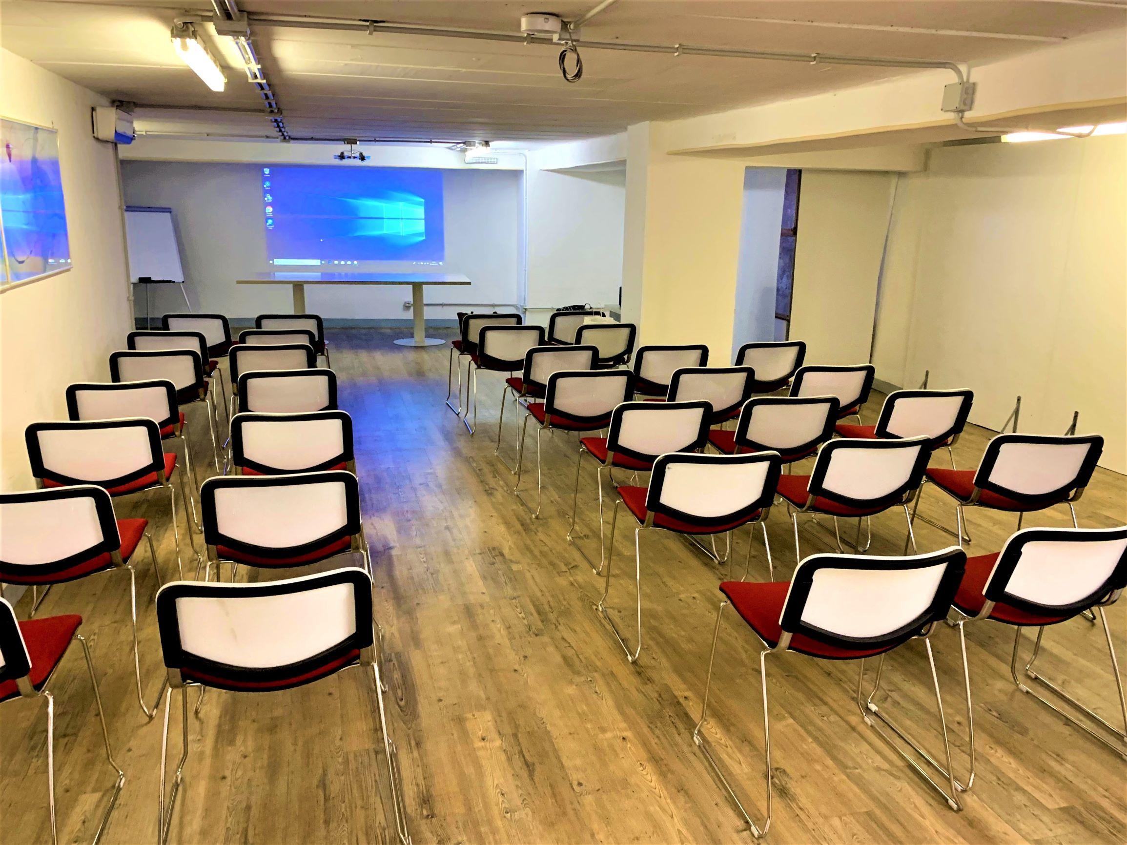 CoworkTalenti Sala Meeting